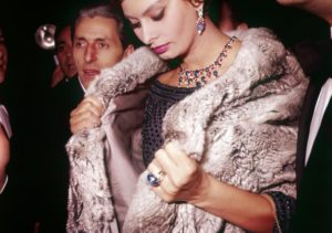 Sophia Loren in a Bulgari parure of cabochon sapphires and rubies highlighted with diamonds, 1960. Photo: Archivi Farabola